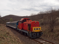 The MÁV-Trakció Zrt.'s 478 032 (ex-M47 2032) between Mátramindszent and Mátraballa