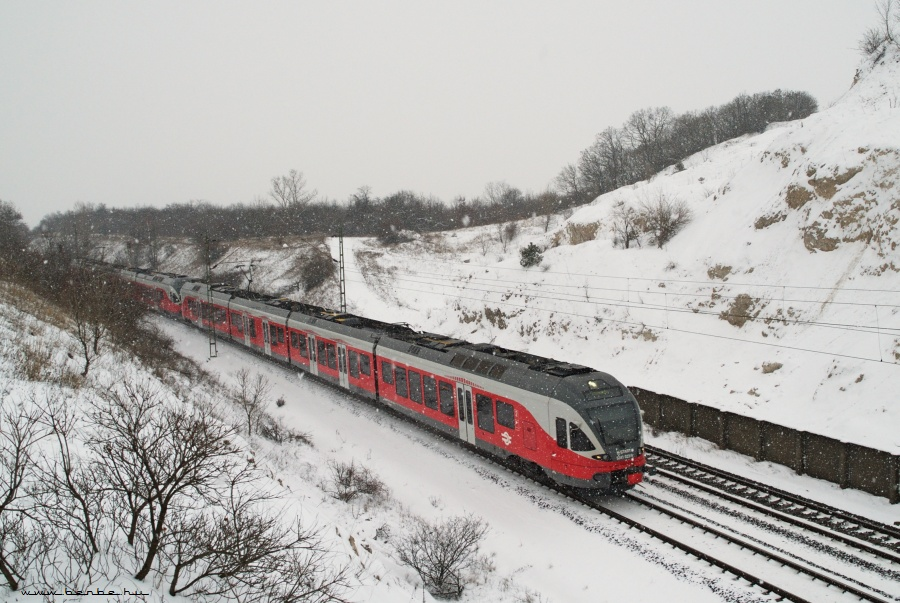 The 5341 023-9 at Szár photo