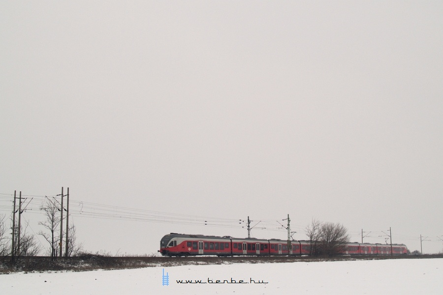 Ismeretlen FLIRT Baracska és Pettend között fotó