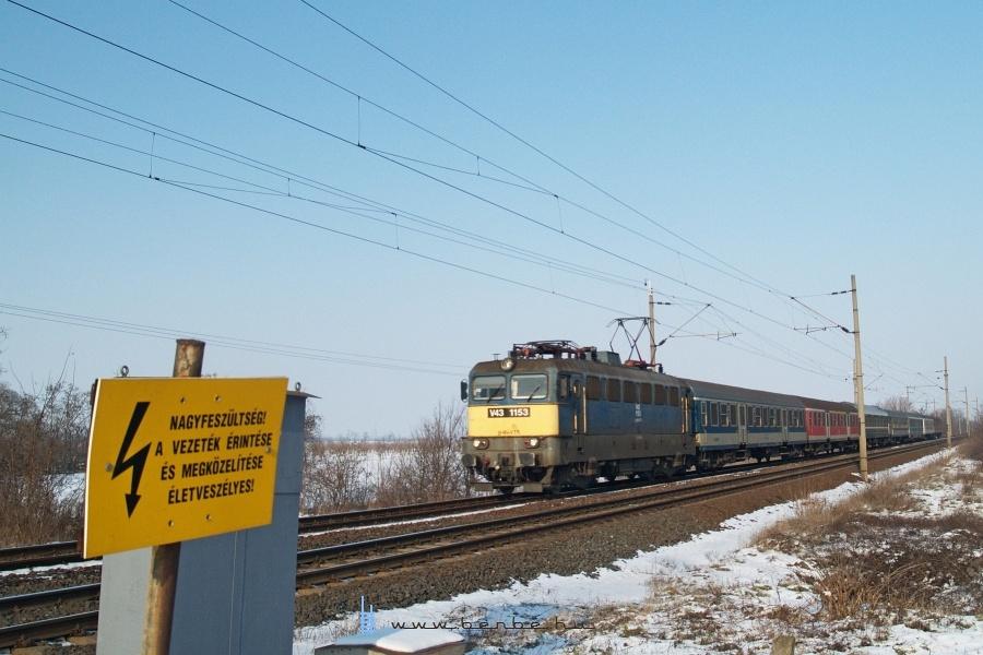 V43 1153 Baracska és Pettend között fotó