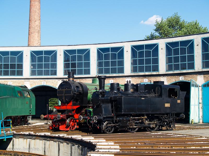 A MÁV 275-ös és a DV 109-es fotó
