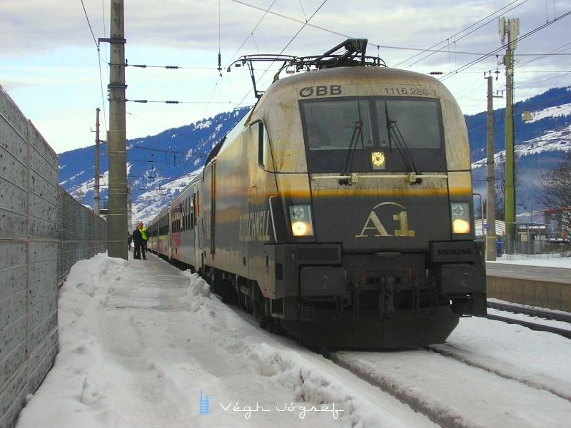 Az ÖBB 1116 280-7 pályaszámú A1-Lok Kirchber in Tirol állomáson fotó