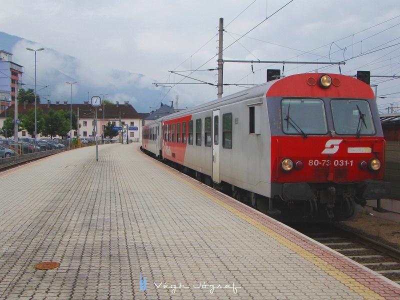 A vonat másik végén a 8073 031-1-es vezérlőkocsival. fotó