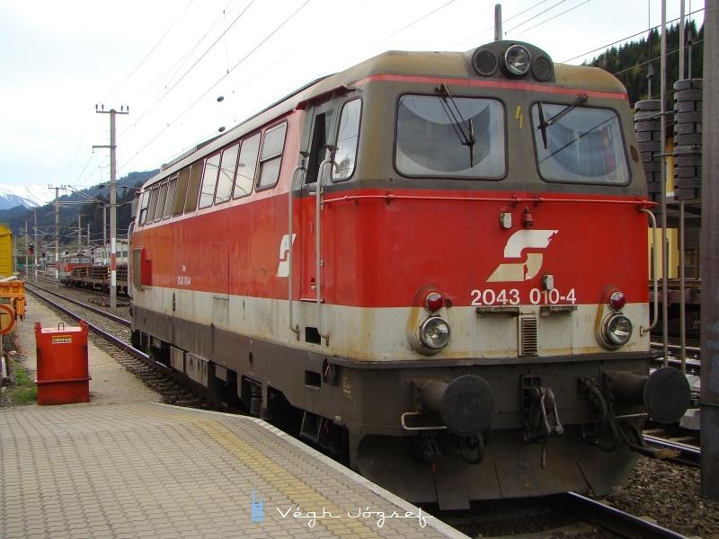 Az ÖBB 2043 010-4 Hopfgarten állomáson fotó