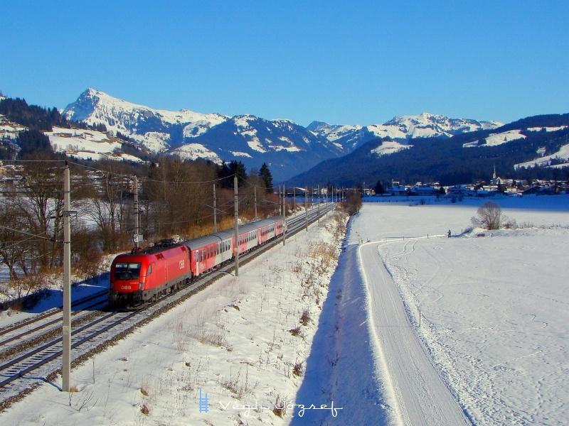 Az ÖBB 1116 057-9 pályaszámú Taurus egy CityShuttle ingavonattal Kirchberg in Tirolnál fotó