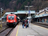 The ÖBB 1016 032-3 at Zell am See