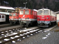 The ÖBB 2095 004-4, 2095 015-0 and  2095.01 at the Zell am See depot of the Pinzgauer Lokalbahn