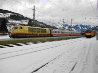 The DB 103 245-7 and the BB 1116 036-3 at Kirchberg in Tirol station