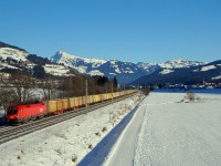 The ÖBB 1116 225-2 pulling a freight train near Kirchberg in Tirol