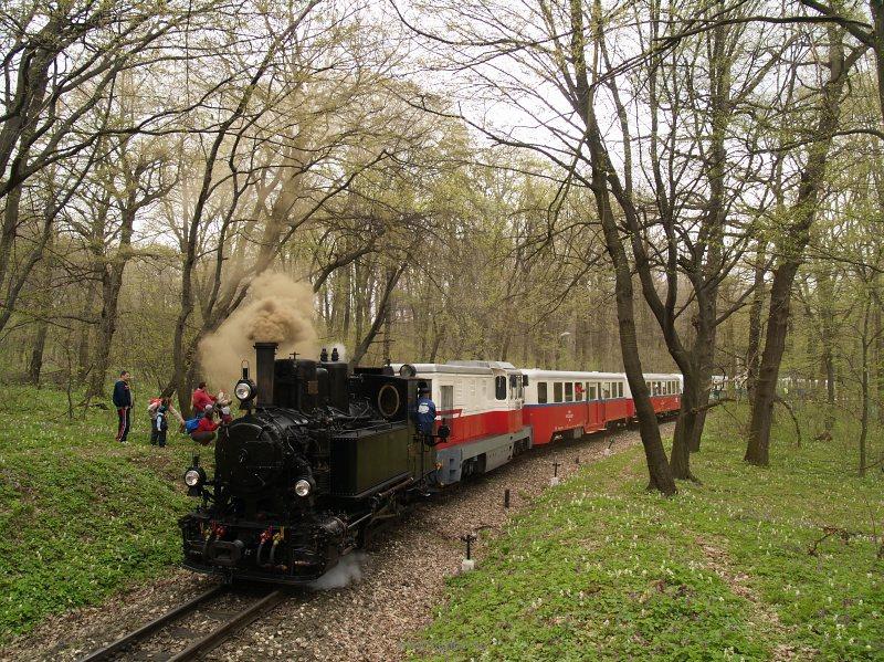A 490,039 és az Mk45 2001 útjai rövid időre szétválnak Virágvölgyben fotó