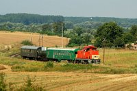 The M47 2032 is pulling the weedkiller train near Hugyag, towards Szécsény