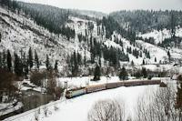 Egy ismeretlen CFR 40 a Galac-Kolozsvár IR vonattal Iacobeni és Argestru között