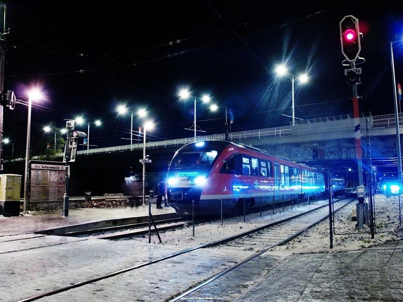 6342 022-8 az Árpád-hídnál fotó