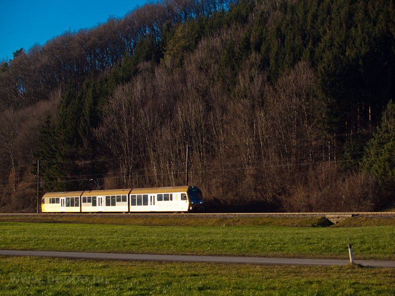 A Himmelstreppe railcar see photo