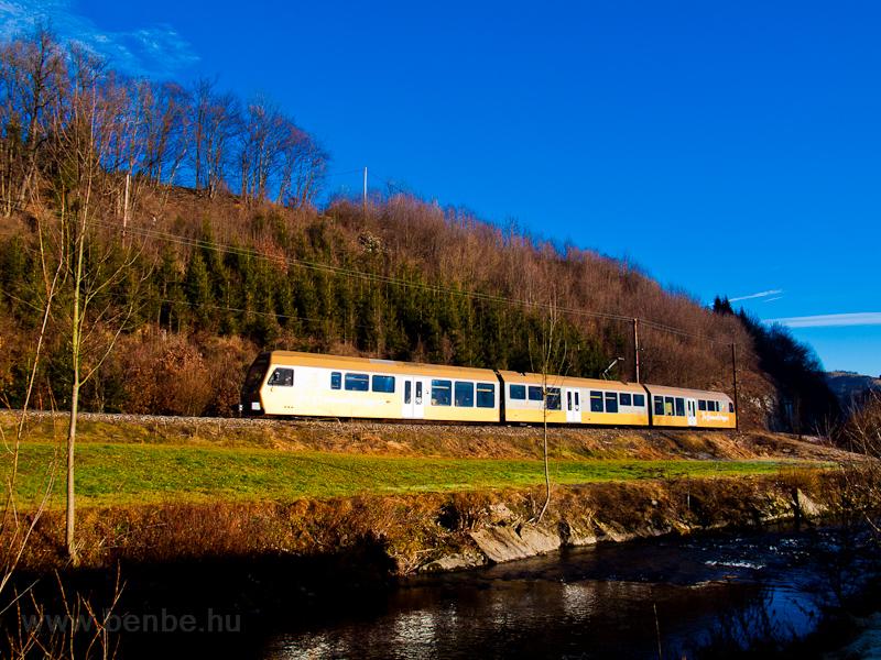A Himmelstreppe railcar seen between Schwarzenbach an der Pielach and Frankenfels photo