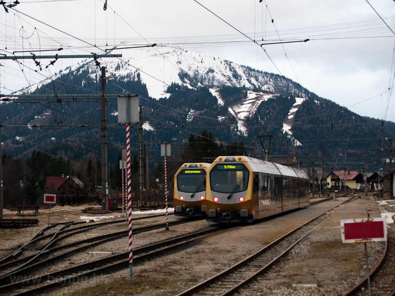 The Mariazellerbahn ET1 and photo