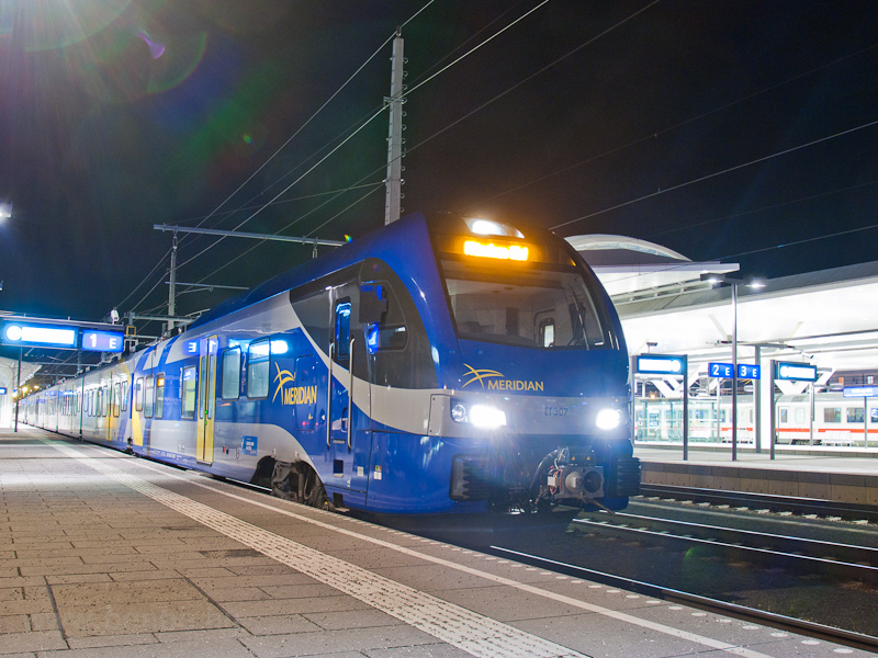 The Meridian ET307 seen at Salzburg Hauptbahnhof photo
