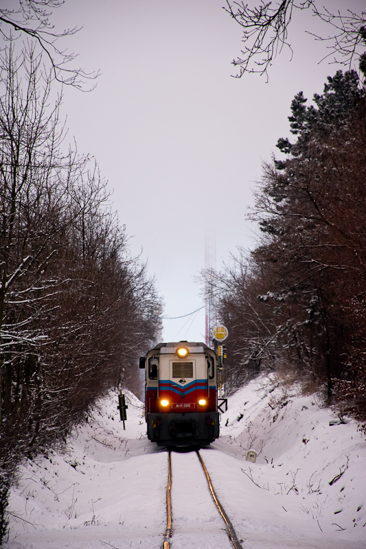 The MÁV Mk45 2005 seen between Széchenyi-hegy and Normafa photo