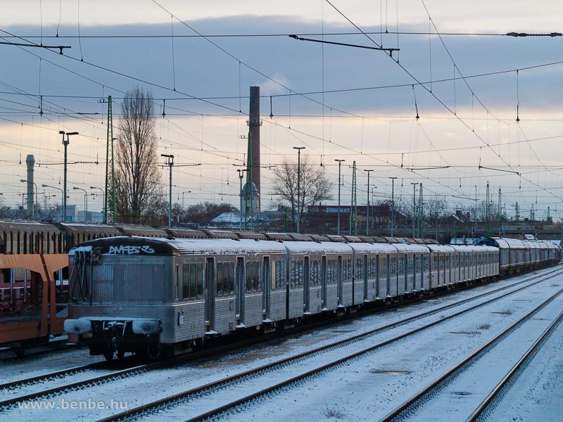 Francia ingavonatok Győrben, a rendezőben fotó