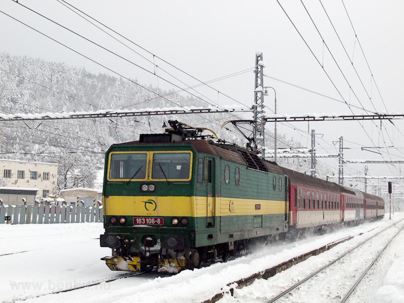 A ŽSSK 163 106-8 szemé fotó