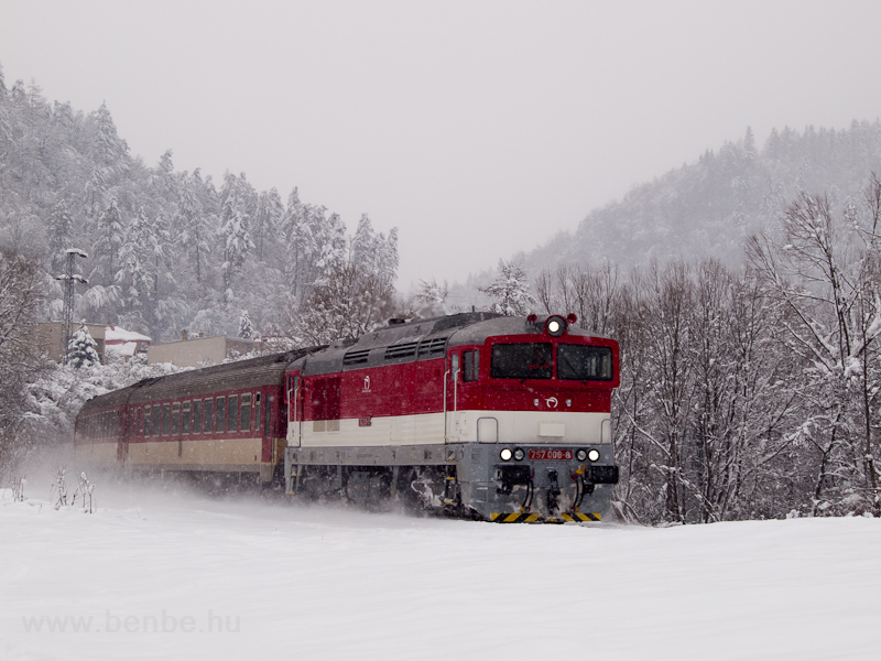 The ŽSSK 757 008-8 seen hauling the Horehronec between Jaklovce and Žakarovce photo