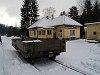Tárcsafékes pft-kocsi áll Dolny Harmanec állomáson