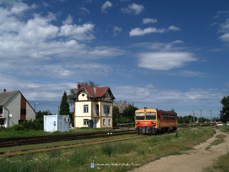 Bzmot 183 Körmend állomáson fotó
