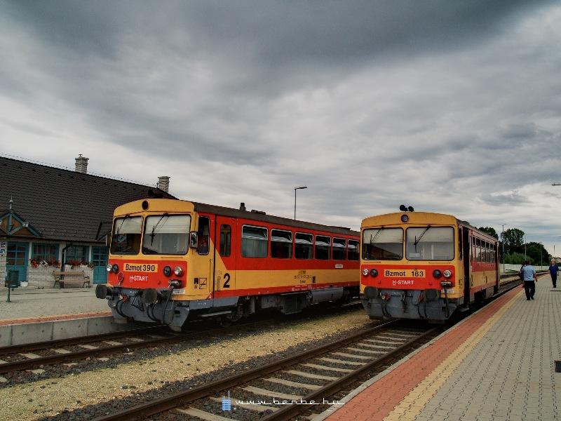 Bzmot 183 és 390 Zalalövõn fotó