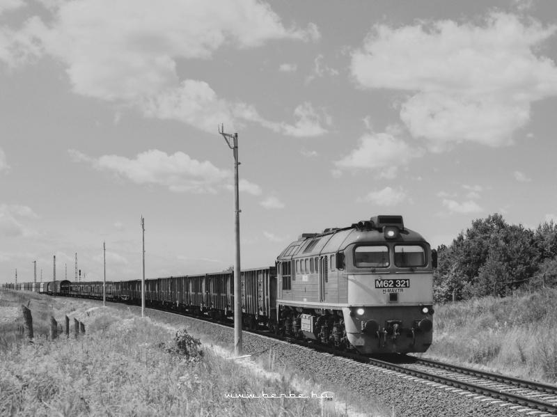 M62 321 Õriszentpéteren fotó