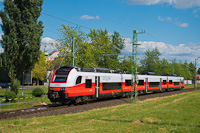 The ÖBB 4744 521 seen between Sopron and Baumgarten/Schattendorf