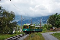 The Höllentalbahn TW1 seen exiting Reichenau on its way to Kurhaus and Payerbach
