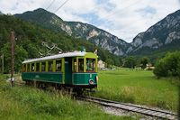 The Höllentalbahn TW 1 seen between Kurhaus and Reichenau an der Rax