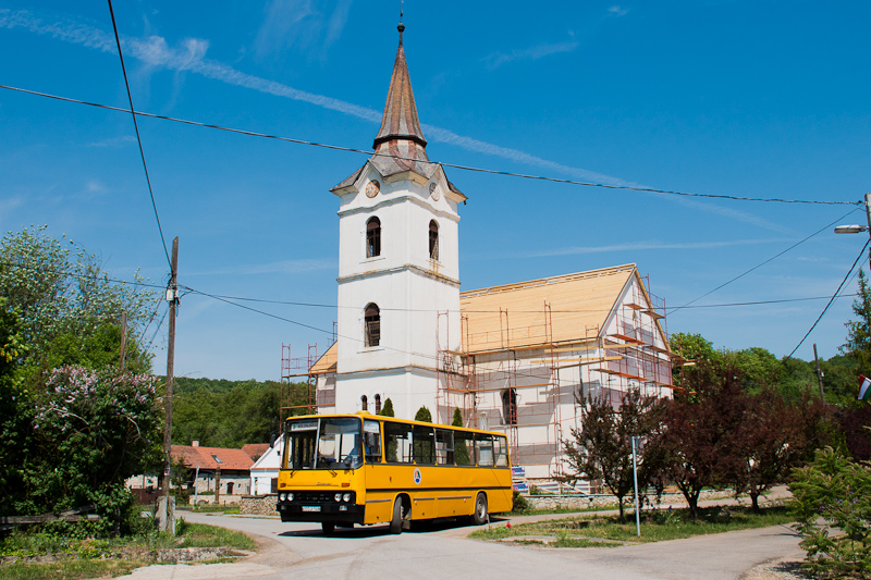 The ÉMKK Ikarus 260.43 CCJ-148 seen at Égérszög, near the Lutheran church photo