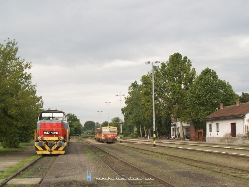 M47 1325 és Bzmot 168 Lakitelken fotó