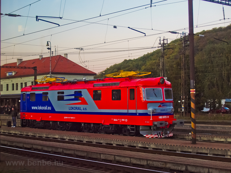 The Lokorail 182 072-9 seen photo