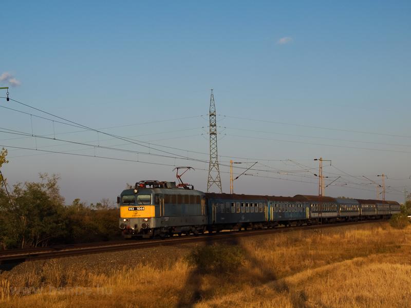 A V43 1044 Nagyút és Ludas között fotó