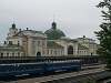 Személyvonat Stanislau állomáson (Ivano-Frankivszk, Ukrajna)