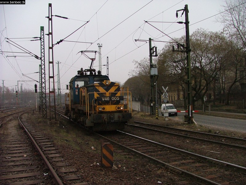 V46 005 Ferencvárosban fotó