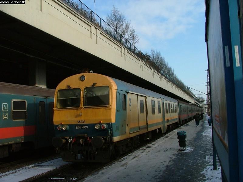 BDt 403 a Nyugati pályaudvaron fotó