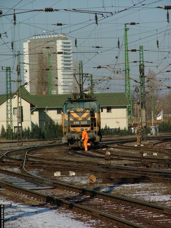 V46 025 Ferencvárosban fotó
