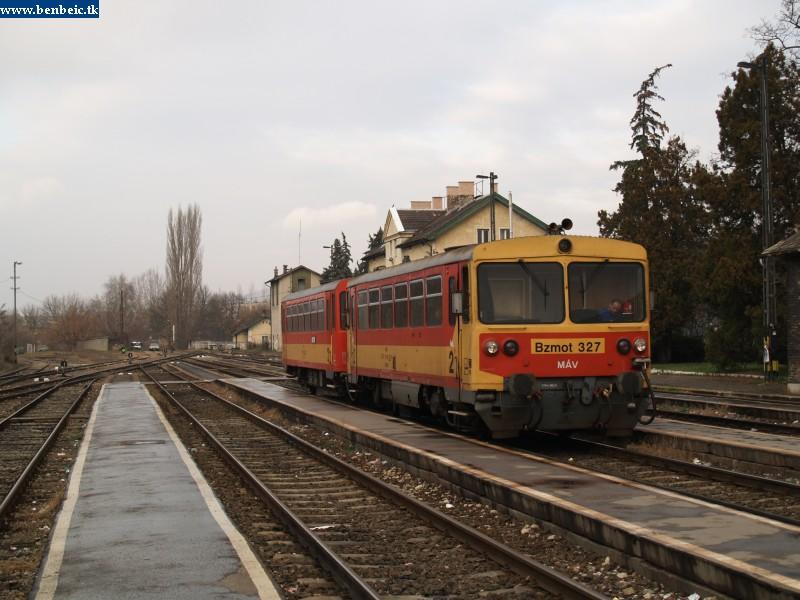Bzmot 327 Esztergomban fotó