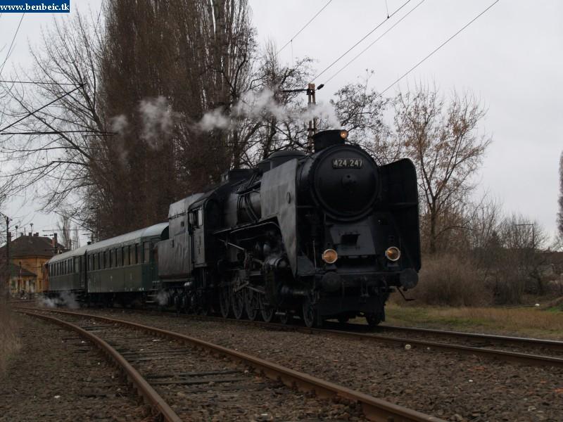 424,247 Rákosrendezõn fotó