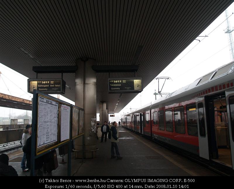 Kelenföldi utastájékoztatás fotó