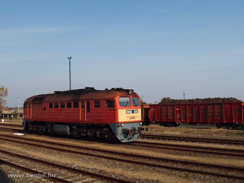 M62 108 érkezik a cukorrépáért fotó