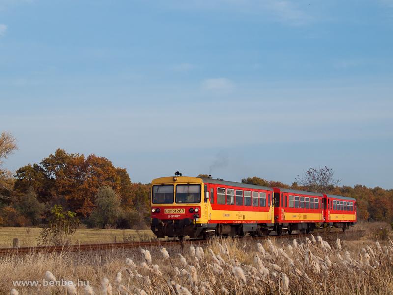 The Bzmot 263 between Jászapáti and Jászdózsa photo