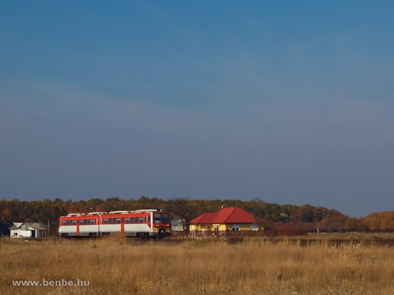 A 6341 040-1 pályaszámú Uzsgyi Jászdózsa és Jászapáti között fotó