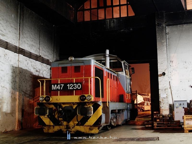 M47 1230 Székesfehérváron, a fûtõházban fotó