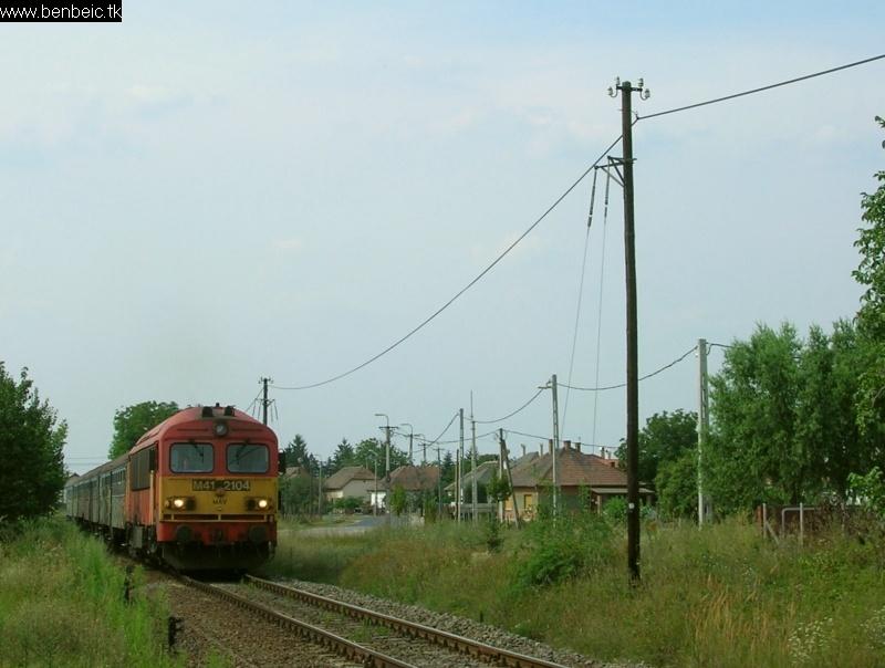 M41 2104 Inárcs-Kakucson fotó