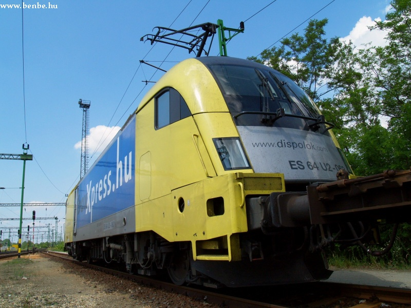 ES64 U2-063 Tatabánya állomáson fotó