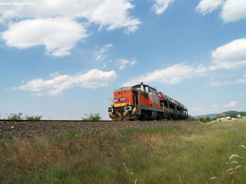 M47 1307 Esztergom-Kertváros után fotó